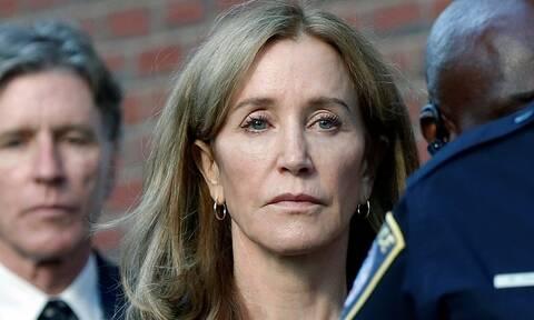 """ΗΠΑ: Αποφυλακίστηκε πρόωρα η """"Νοικοκυρά σε απόγνωση"""" Φελίσιτι Χόφμαν"""
