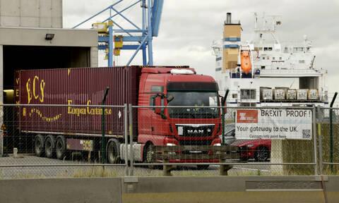 Έσεξ: Καταιγιστικές εξελίξεις στην υπόθεση με το «φορτηγό του θανάτου»