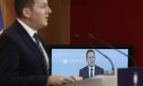 Πέτσας: Την άνοιξη θα βελτιωθεί η κατάσταση στο μεταναστευτικό