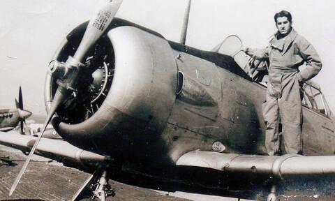28η Οκτωβρίου - Κωνσταντίνος Χατζηλάκος: Ένας ηρωικός πιλότος του '40 διηγείται