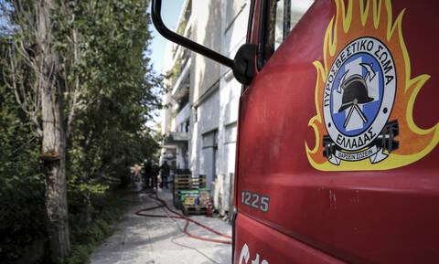 Συναγερμός στη Θεσσαλονίκη: Φωτιά σε πολυκατοικία