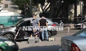 Μαφιόζικο χτύπημα στο Χαϊδάρι: Τον «γάζωσαν» μέσα στο αυτοκίνητό του (pics+vid)