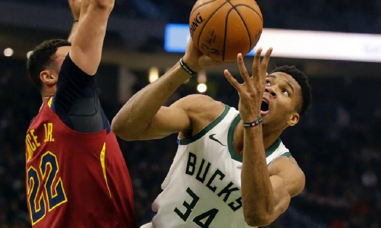 NBA: Γράφει ιστορία ο Γιάννης – Ακόμα ένα μοναδικό επίτευγμα (photos+video)
