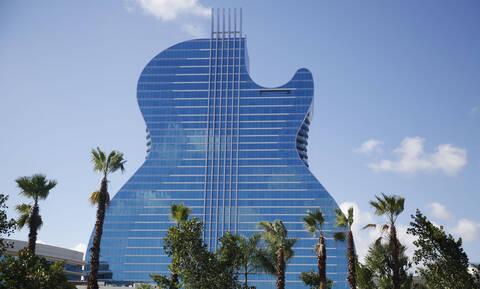 Φλόριντα: Άνοιξε τις πύλες του το πρώτο ξενοδοχείο σε σχήμα κιθάρας (photos)