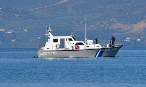 Coast guard rescues 112 migrants and refugees early Tuesday
