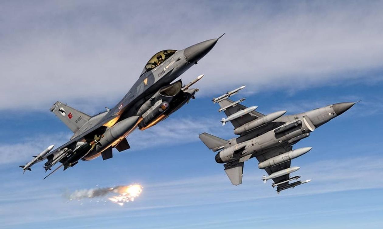 Μπαράζ παραβιάσεων και δύο εικονικές αερομαχίες πάνω από το Αιγαίο