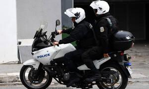 Σοκ στη Θεσσαλονίκη: Άγρια επίθεση με ρόπαλα στο κέντρο της πόλης (vid)