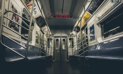 Βίντεο - σοκ: Δείτε τι έπαθε επειδή δεν πλήρωσε εισιτήριο στο Μετρό (pics)