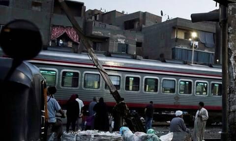 Τους έπιασε χωρίς εισιτήριο και τους ανάγκασε να πηδήξουν από το τρένο εν κινήσει - Ένας νεκρός