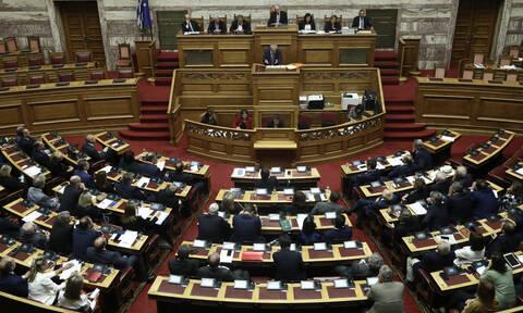 Βουλή LIVE - Μητσοτάκης: H Ελλάδα αποκτά σαφές σύστημα ασύλου - Τσίπρας: Τα κάνατε θάλασσα