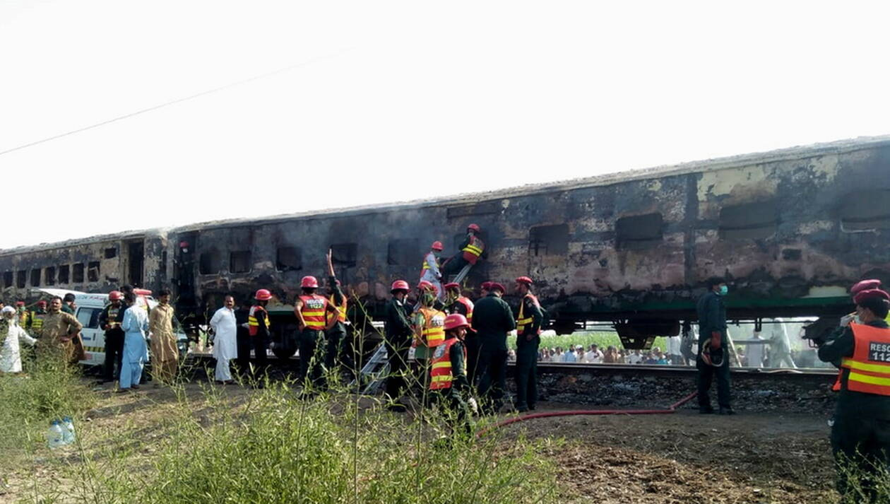 pakistan-treno-1.jpg