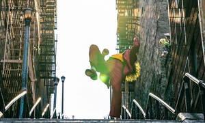 Τα σκαλιά του Joker έχουν γίνει παγκόσμιο φαινόμενο και μετατρέπουν τους fans σε Arthur Fleck