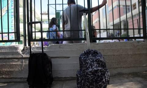 Αμαλιάδα: Παραδόθηκε ο 16χρονος που μαχαίρωσε 15χρονο μαθητή μέσα σε σχολείο