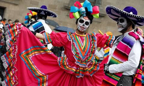 Dia de los muertos: Εντυπωσιακές μεταμφιέσεις για την «Ημέρα των Νεκρών» στο Μεξικό (pics)