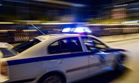 Οικογενειακή τραγωδία στα Μέγαρα: Εισέβαλε στο σπίτι και τους πυροβόλησε μπροστά στα παιδιά τους