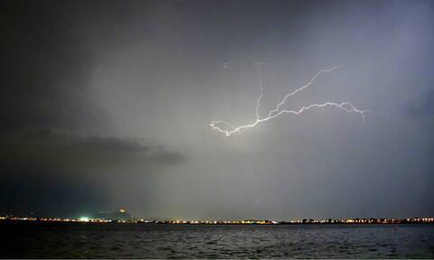 Καιρός: Η εξέλιξη της κακοκαιρίας τις επόμενες ώρες - Πού θα σημειωθούν καταιγίδες την Παρασκευή