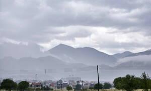 Έκτακτο δελτίο καιρού: Χιόνια στα ορεινά, καταιγίδες και νέα πτώση της θερμοκρασίας