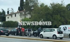 Καραμπόλα αυτοκινήτων στην Κηφισίας με έναν τραυματία