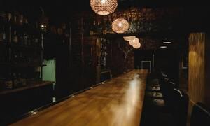 Βίντεο - ΣΟΚ: Μπράβος σε μπαρ δολοφονεί πελάτη