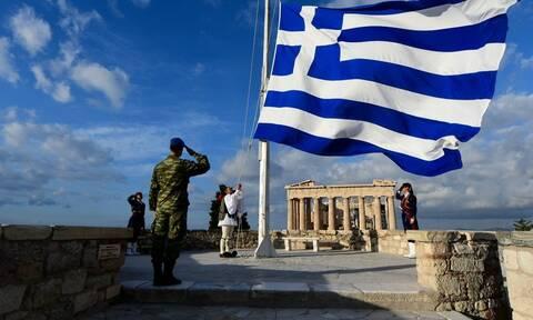 Η Ελλάδα «σβήνει»! Μειώθηκε ο πληθυσμός κατά 33.857 άτομα – Ακούει κανείς;