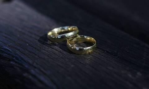 Διαζύγιο - «βόμβα» για πασίγνωστο ηθοποιό: Μετά από 9 χρόνια γάμου (pics)