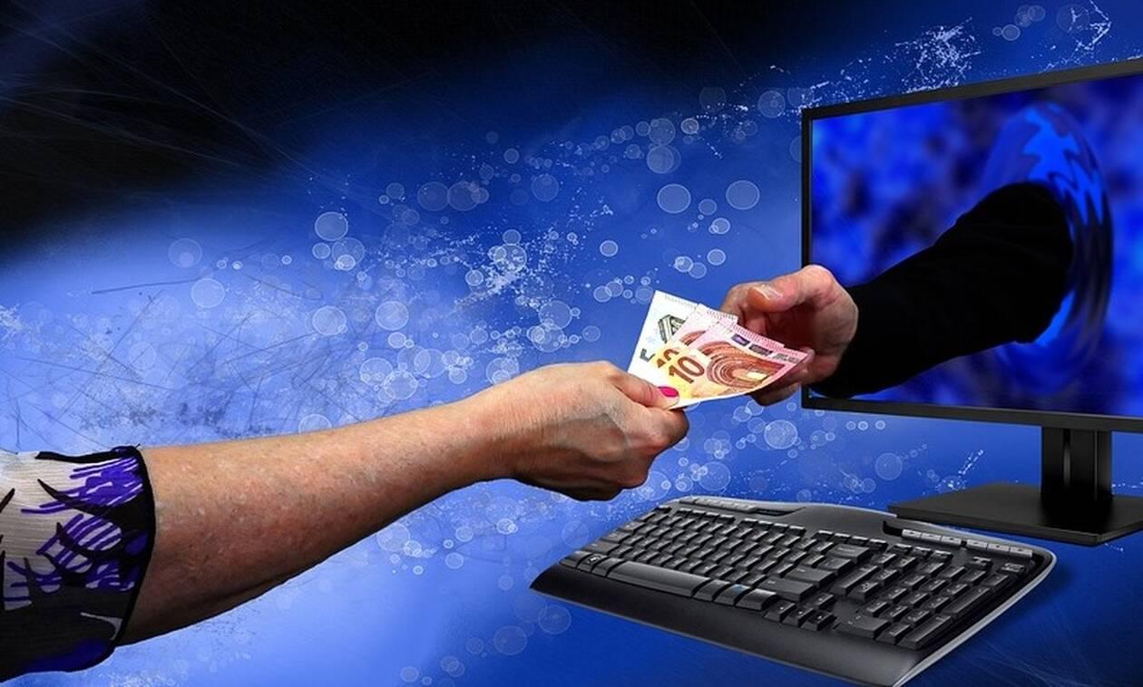 Hλεκτρονικές συναλλαγές: Πρόστιμο σε όσους δεν πιάσουν το φορολογικό όριο του 30%