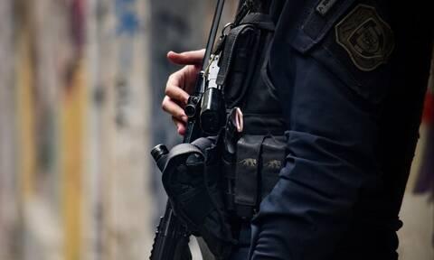 Μία σύλληψη για τις επιθέσεις κατά αστυνομικών στην περιοχή των Εξαρχείων