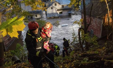 Καναδάς: Τουλάχιστον δύο νεκροί και 400.000 σπίτια χωρίς ρεύμα από ισχυρή καταιγίδα στο Κεμπέκ