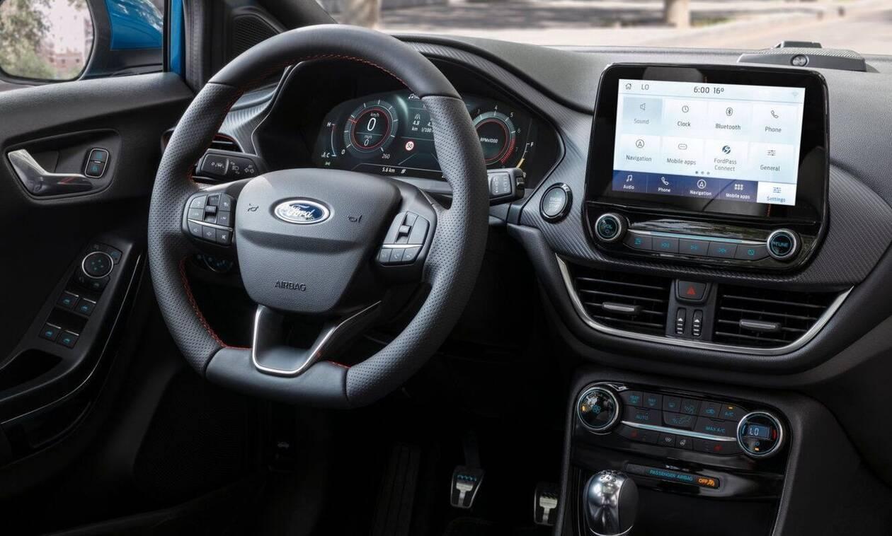 Πόσο μεγάλες θα γίνουν στο (άμεσο) μέλλον οι οθόνες στα αυτοκίνητα;