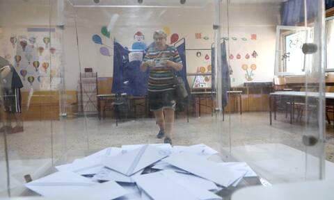 Νέα δημοσκόπηση: Δείτε τη διαφορά ΝΔ – ΣΥΡΙΖΑ - Η έκπληξη με τον Κυριάκο Μητσοτάκη
