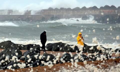 Σαρώνει τη Γαλλία η καταιγίδα «Αμελί»: Πλημμύρες και διακοπές ρεύματος (pics+vid)