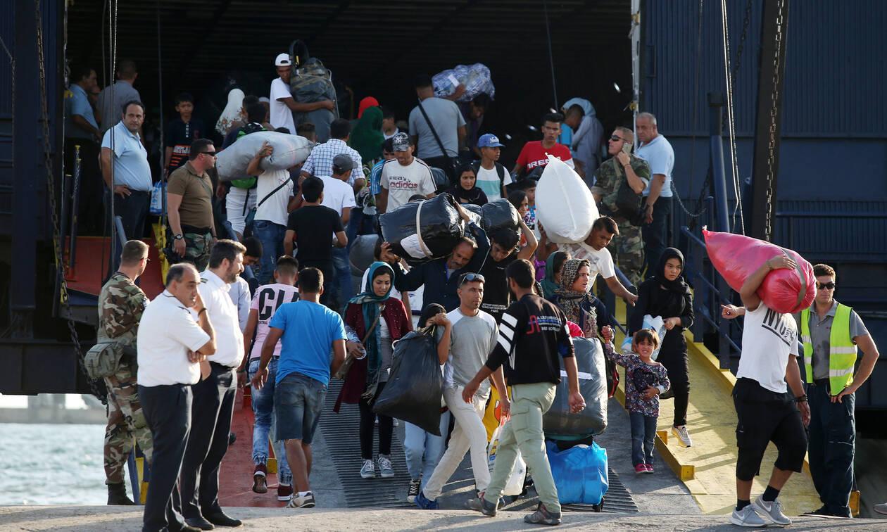 Μεταναστευτικό «ώρα μηδέν»: Ψάχνουν εθνική συναίνεση μέχρι οι ροές να περάσουν από πάνω μας