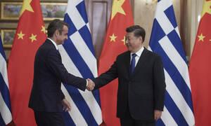 Μητσοτάκης από Σαγκάη: Θα διευκολύνουμε τους ξένους επενδυτές – Ποιοι συνοδεύουν τον πρωθυπουργό
