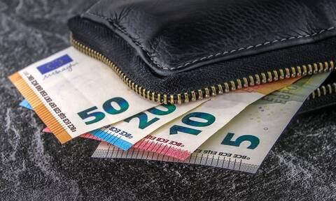 Εφορία: Κερδισμένοι και χαμένοι από τη νέα φορολογική κλίμακα