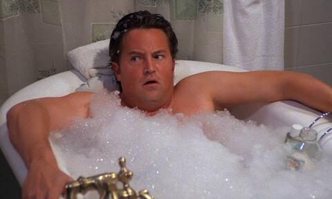 Δες τι μπορείς να πάθεις αν κάνεις ζεστό μπάνιο