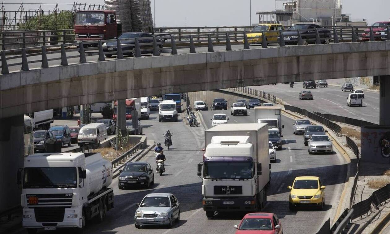 «Κόλαση» οι δρόμοι της Αθήνας - Πού εντοπίζονται προβλήματα