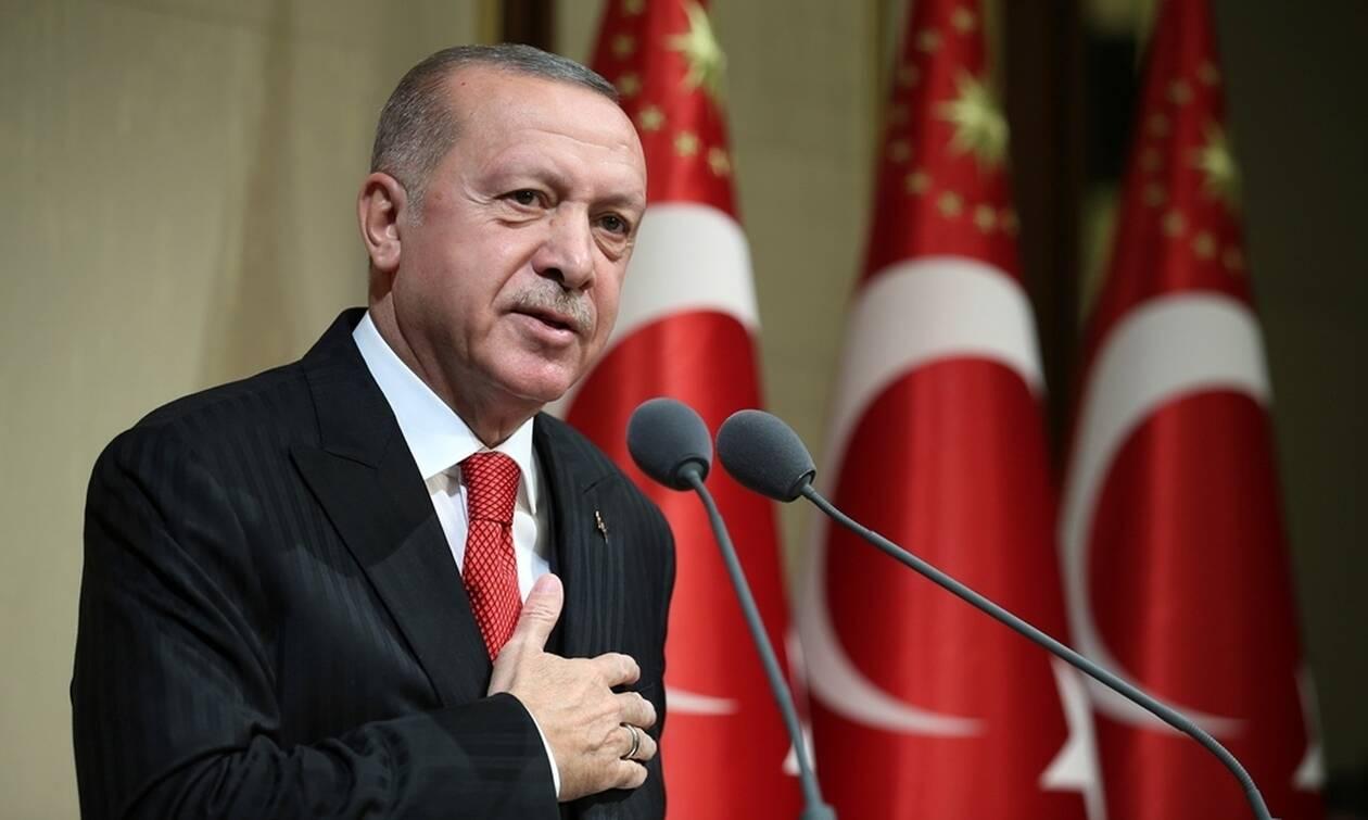 Από μια κλωστή κρέμεται το ταξίδι του Ερντογάν στις ΗΠΑ: «Σκέφτεται να τo ματαιώσει»