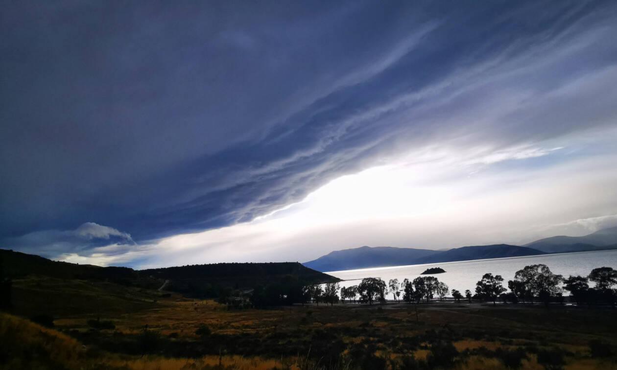 Κακοκαιρία: Το shelf cloud «κατάπιε» την Αργολίδα - Εντυπωσιακές εικόνες (pics)