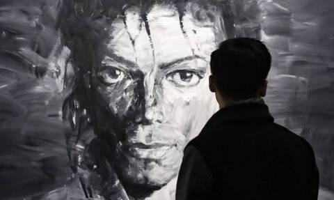 Ανατριχιαστικό: Είναι ίδιος ο Μάικλ Τζάκσον - Του ζητούν να κάνει τεστ DNA (pics)