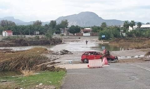 Κακοκαιρία στην Ρόδο: Πλημμύρισαν δρόμοι - Εγκλωβίστηκαν οδηγοί