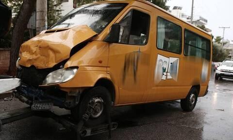 Τροχαίο με σχολικό λεωφορείο: Τι αποκαλύπτει στο Newsbomb.gr πατέρας παιδιού που τραυματίστηκε