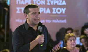 Ο Αλέξης Τσίπρας για… χαλαρό ποτό στου Ψυρρή – Δείτε με ποιους βγήκε ο πρόεδρος του ΣΥΡΙΖΑ (pics)