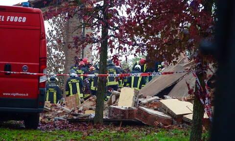 Ιταλία: Νεκροί τρεις πυροσβέστες από έκρηξη - Τι ερευνούν οι Αρχές (pics+vid)