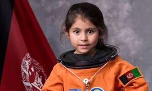 Παιδιά φωτογραφίζονται ως αστροναύτες και στέλνουν ένα σημαντικό μήνυμα (pics)