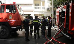 Φωτιά στο Παγκράτι - Στις φλόγες υπόγειο πολυκατοικίας