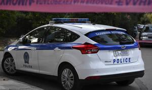 Σοκ στα Καμίνια: 14χρονη μαχαίρωσε τη μητέρα της ενώ κοιμόταν