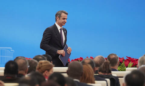 Gov't circles content with results of Mitsotakis' visit to China