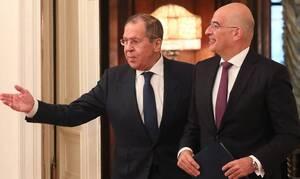 В Москве проходит встреча глав МИД России и Греции Сергея Лаврова и Никоса Дендиаса