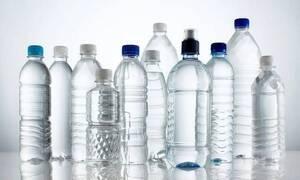 Γεμίζεις τα άδεια πλαστικά μπουκάλια με νερό; Σταμάτα το αμέσως!