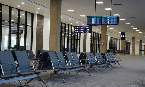 Χάος στα αεροδρόμια: Ακυρώθηκαν εκατοντάδες πτήσεις – Ταλαιπωρία για χιλιάδες επιβάτες